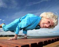 bette-calman-yoga-slideshow-323